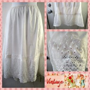 VTG 80s Cotton Batiste/Eyelet Lace Half Slip XL/0X